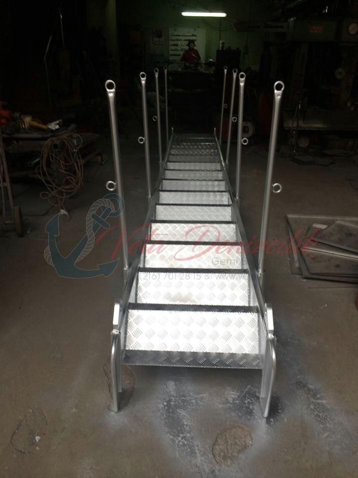 borda-merdiveni-accommodation-ladder-13.jpg