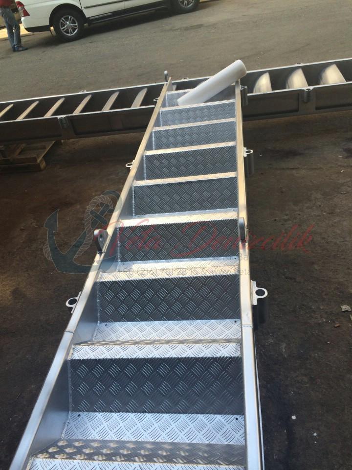 borda-merdiveni-accommodation-ladder-4.jpg