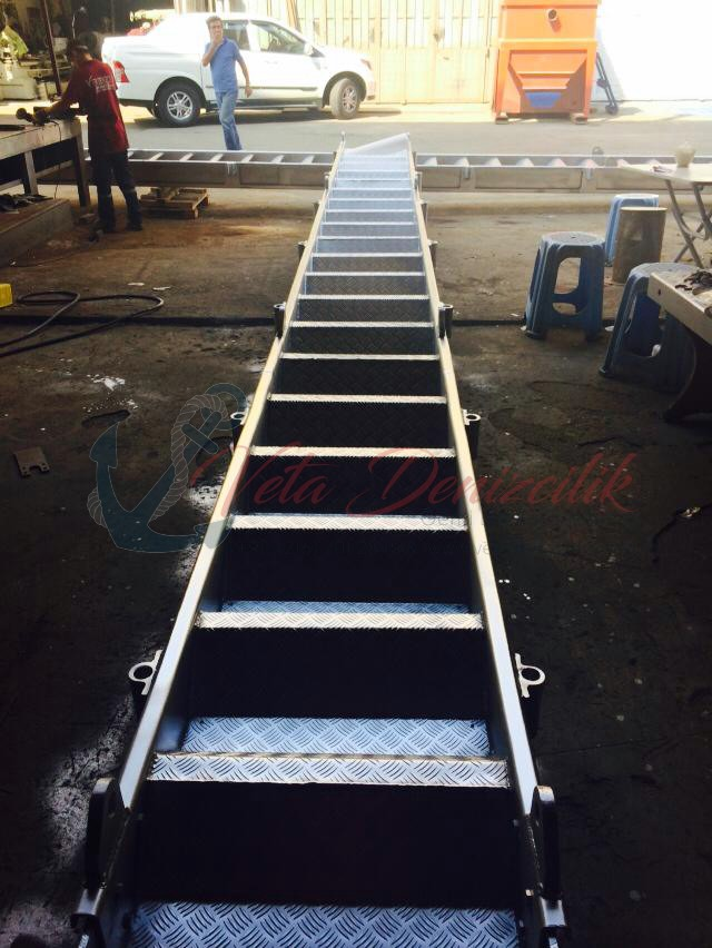 borda-merdiveni-accommodation-ladder-6.jpg