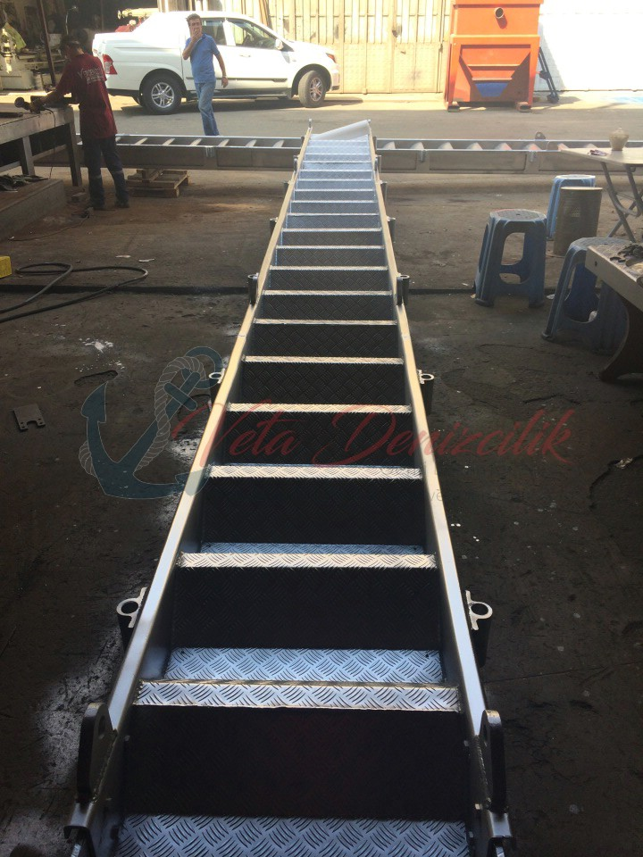 borda-merdiveni-accommodation-ladder-7.jpg